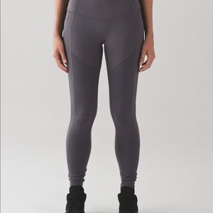All the right places pant dark carbon